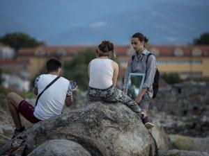 """""""Индипендънт"""": В най-бързо намаляващата нация в света Пловдив обръща тенденцията"""