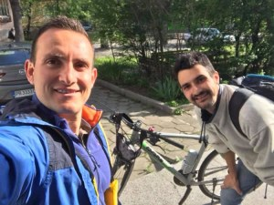Пламен и Емо - приключенците, които опознават България с велосипеди