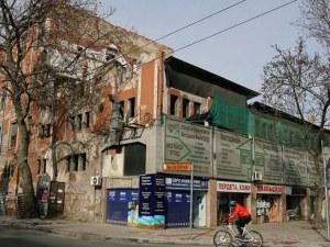 Скандал: Пловдив пази автентична част от склада на Сточна гара, НИНКН спестява главоболия на инвеститора