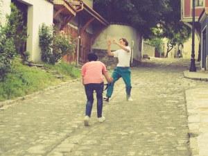 Български и американски артисти показват Стария град и Небет тепе в танцов филм