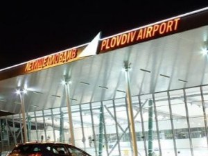 Летище Пловдив минава с нов режим на работа, но в готовност да поеме извънредни полети