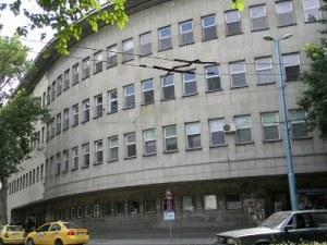 Униформени с дарение за болница в Пловдив