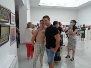 """Галерия """"2019"""" избухна в цветовете на пловдивските художници (Фотогалерия)"""