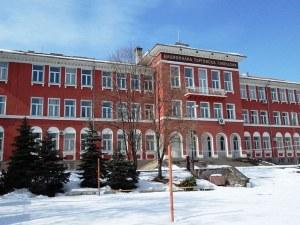 12 училища в Пловдив с нови директори, до дни стават ясни претендентите
