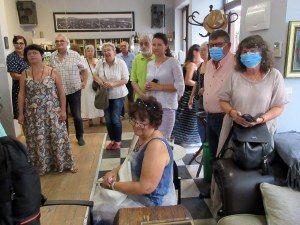 Художниците на Розовец наредиха изложба в Пловдив