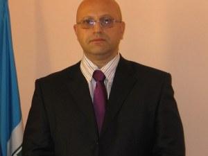 Омбудсманът на Пловдив работил за трима, смята заплатата си за неадекватна