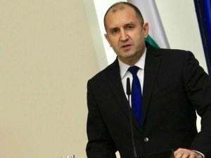 Президентът: Велико народно събрание само след оставка на правителството
