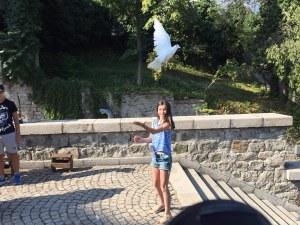 "Пловдивчани се стекоха с храма ""Успение Богородично"", за да измолят здраве"