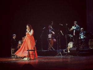 Пловдив отново е титаничен с  турнето на Милица Гладнишка и компания