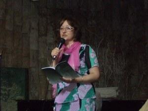 Пловдивската поетеса Елена Диварова кани на представяне на последната си книга