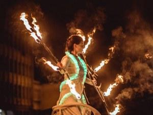 Уличният фестивал 6Fest с призив за подкрепа към пловдивчани