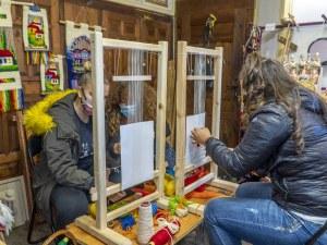 Над 100 деца на месец учат тайните на майсторите в Училище по занаятите в Пловдив