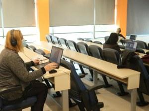 Млади хора от различни държави искат да учат в МУ-Пловдив