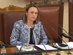 Очаквано: Ива Митева е новият стар председател на Народното събрание