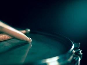 Асен Аврамов прави 4-дневна работилница за ритмически тренинг в театъра в Пловдив