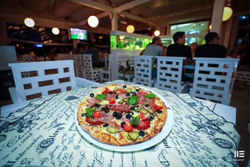 Amore Pizza Restaurant