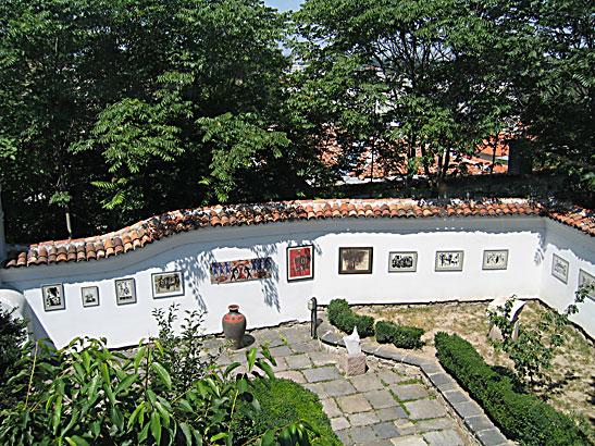 """Къща музей на Начо Културата (Галерия """"Червеното пони"""")"""